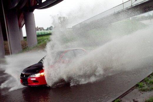 Ливень затопил улицы Вильнюса