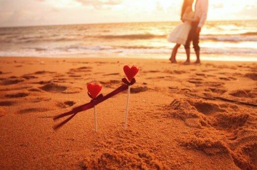 Paplūdimys, meilė, romantika, pora