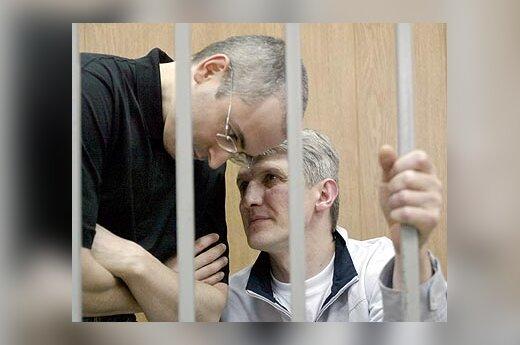 M.Chodorkovskis ir P.Lebedevas
