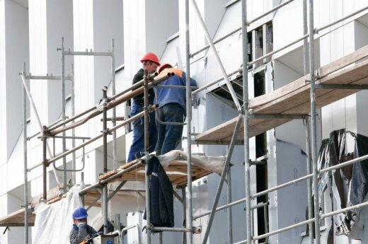Visų planuojamų renovuoti namų sąrašas