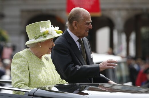 """Королева Елизавета: Британия погрузилась в """"мрачные настроения"""""""