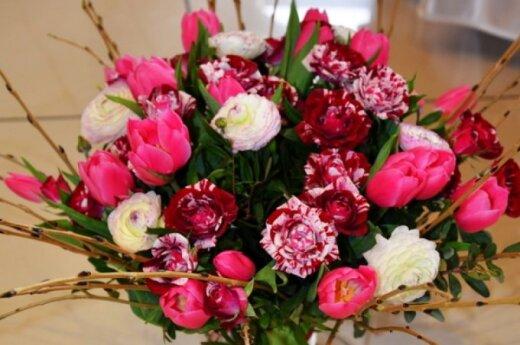Floristai: lietuviai gėles myli, bet dovanoti nemoka