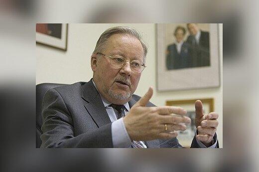 В.Ландсбергис: соседи России должны быть готовы ко всему