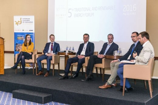 Discussion gas related issues at the  Energy Forum Vilnius   Photo © Ludo Segers @ The Lithuania Tribune