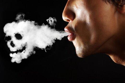 Nastolatkowie na Litwie częściej niż w Europie sięgają po papierosy i leki uspokajające