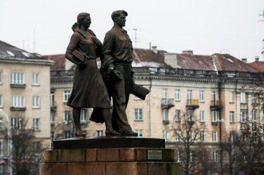 Vilnius referendum proposed to decide on Green Bridge statues