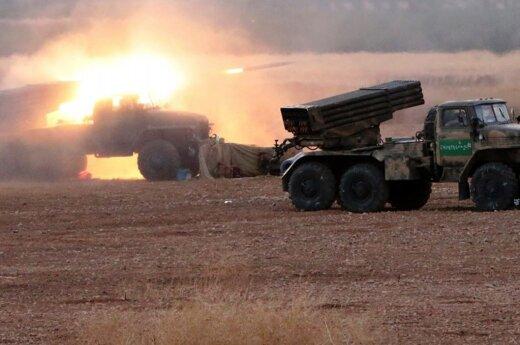 Sirijoje – didelis puolimas, NATO kalba apie nerimą dėl Rusijos naudojamų raketų