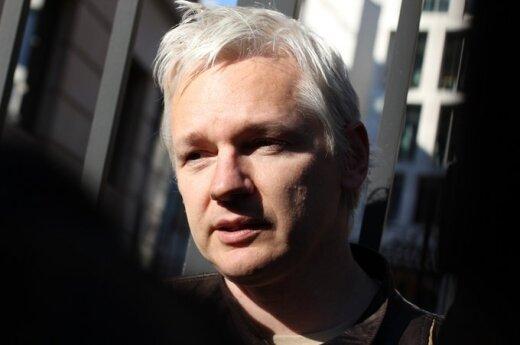 Rosja: Assange pracuje w rosyjskiej telewizji