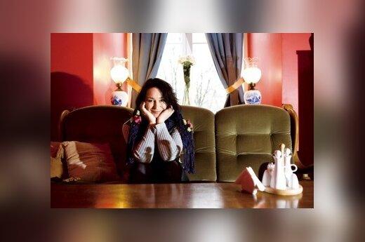 Dainininkė Arina