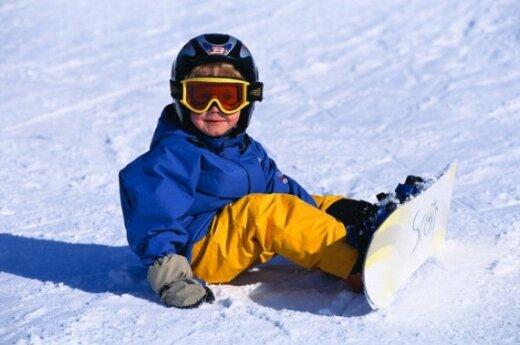 Berniukas su snieglente