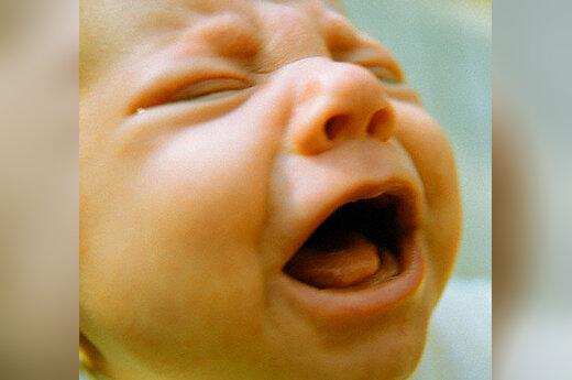 Kūdikis verkia