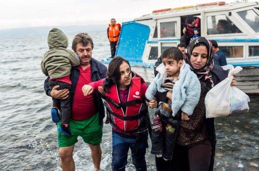 Atidengė neskanią kvietimų migrantams tikrovę: kažkam reikia pigių vergų