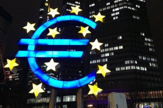 Ekonomiści: Największym zagrożeniem dla euro jest inflacja