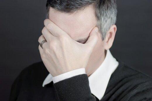 30-imt metų mylėjusį vyrą paliko dėl pažinties internete