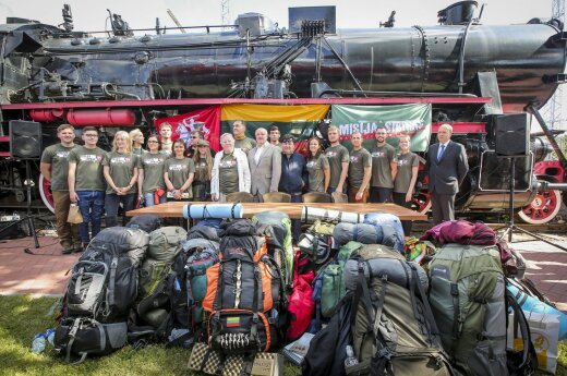 Mission Siberia participants seen off to Russia