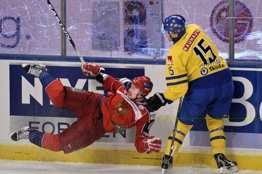 Шведы разгромили сборную России по хоккею