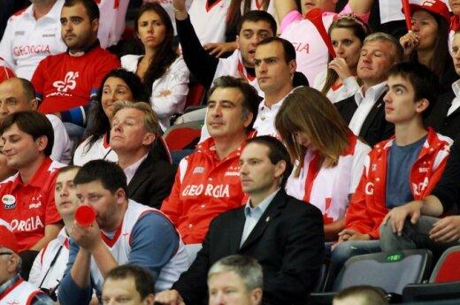 Eskin:Saakaszwili odchodzi, problemy pozostają