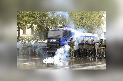 Malšinama opozicijos protesto akcija Tbilisyje, Gruzijoje