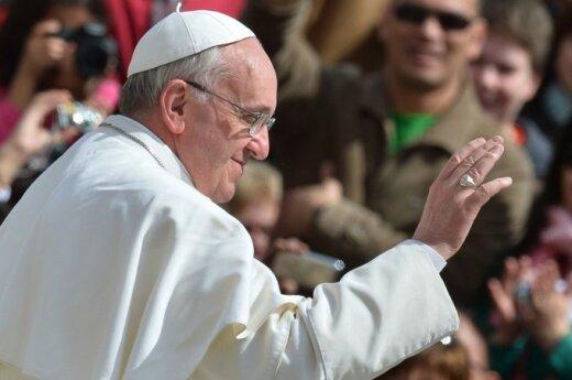 Watykan: Aresztowano biskupa