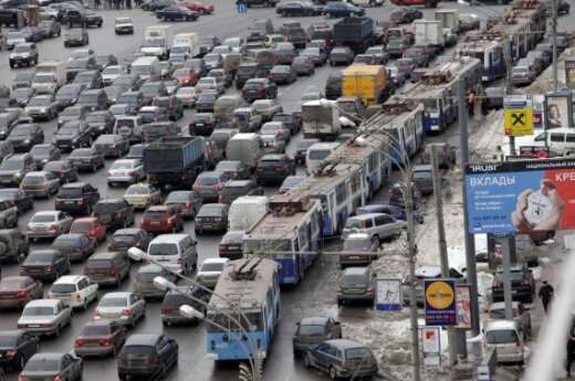 Mokslininkai: eismo kamščius sukuria agresyvūs ir baikštūs vairuotojai
