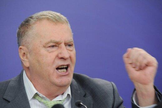 Жириновский советует Януковичу использовать опыт ГКЧП