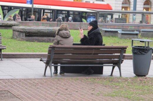 Nepasigėdijo prisipažinti, kaip kasa duobę Lietuvai