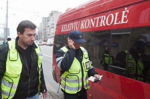 Pasipiktino gudraujančiais viešojo transporto keleiviais