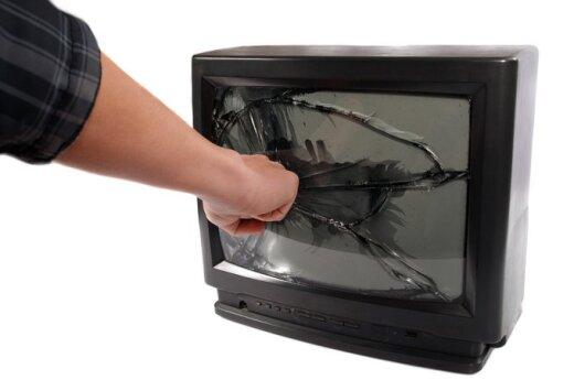Šiemet televizijos mus vėl gąsdins velniais, mokys šokti ir kvies paverkti