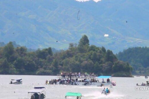 В Колумбии затонуло судно с туристами, есть жертвы
