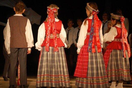 Plungės kultūros centre vyks tarptautinis liaudiškų šokių ir muzikos festivalis