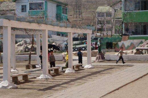 JT Saugumo Taryba sugriežtino sankcijas Šiaurės Korėjai
