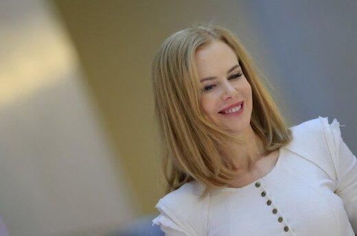 Nicole Kidman zapracowaną matką