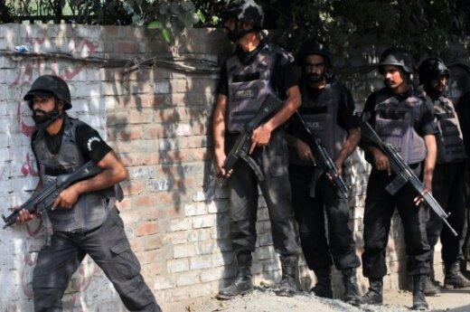 """В Пакистане арестовали 11 иранских """"стражей революции"""""""