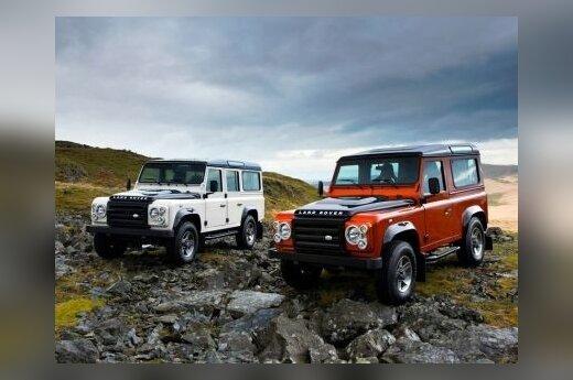 """""""Land Rover"""" ruošiasi atnaujinti """"Defender"""" visureigį"""