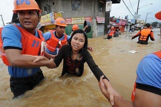 Наводнение парализовало Манилу и привело к жертвам