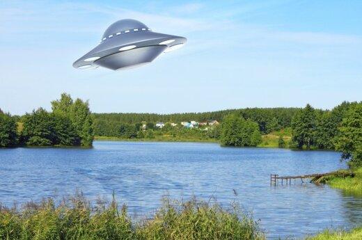 Wielka Brytania: UFO odwiedzają Ziemię w celach turystycznych