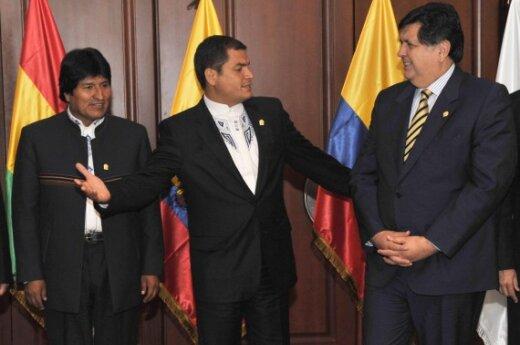 Президент Эквадора обвинил полицейских в попытке его убийства