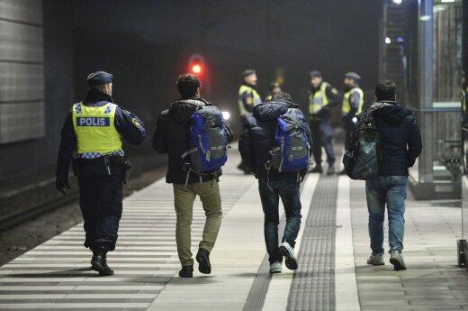 14 lenkų planavo išpuolį pabėgėlių centre: rasta kirvių, peilių ir metalinių strypų