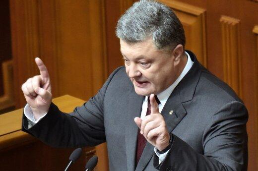 Порошенко сравнил конфронтацию с Россией с аварией в Чернобыле