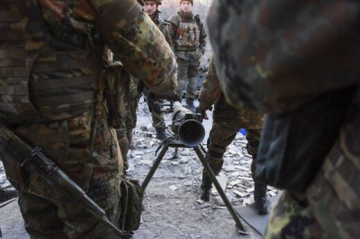 EU ambassador to Russia warns against supplying arms to Ukraine