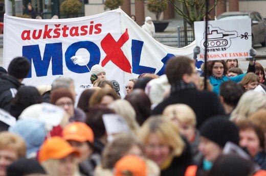Teachers' strike continues but talks stop