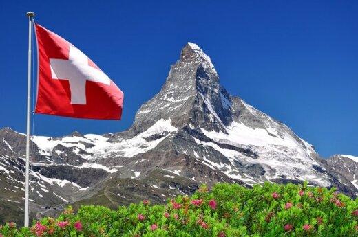 Szwajcaria: Zabytkowy budynek przesunięto o 60 metrów