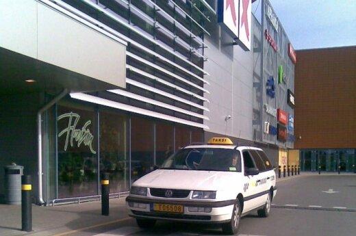 W Wilnie stanieją parkingi