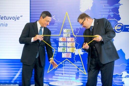 ECB President Mario Draghi and Bank of Lithuania Governor Vitas Vasiliauskas