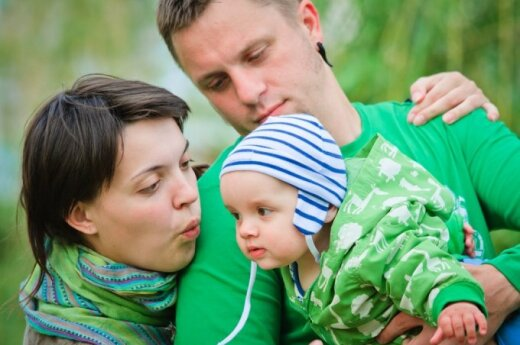 Lithuanian government rejects proposal to link definition of family to marriage