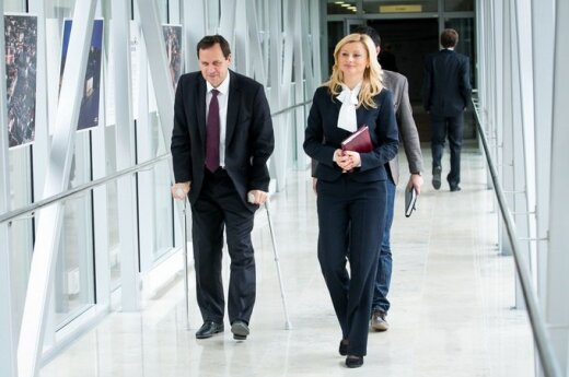 Tomaszewski doznał urazu kolana. Operacja i 4 - 5 tygodni o kulach