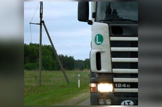 На магистрали Via Baltica столкнулись два грузовика