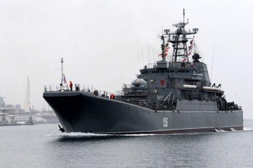 Россия согласилась отдать Украине несколько кораблей и самолетов