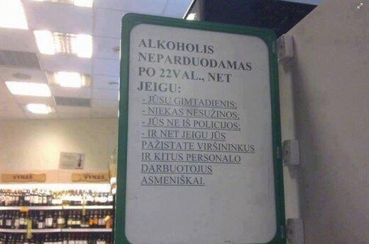 Pardavėjai atkakliems pirkėjams: alkoholis neparduodamas po 22 val., net jeigu jūsų gimtadienis