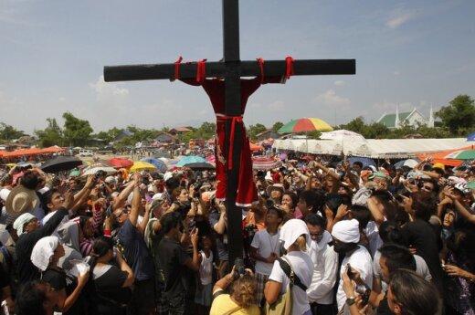 Filipiny: 30 ukrzyżowanych
